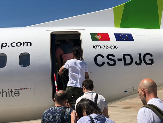 Atr 72 Rear Entry Door Picture Of Tap Portugal World Tripadvisor