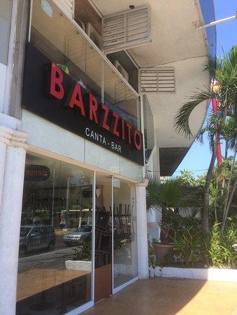 Barzzito Canta-Bar