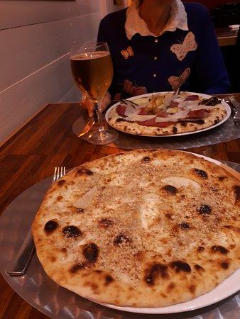 Pizzeria Da Bassano: Pizza pere e gorgonzola