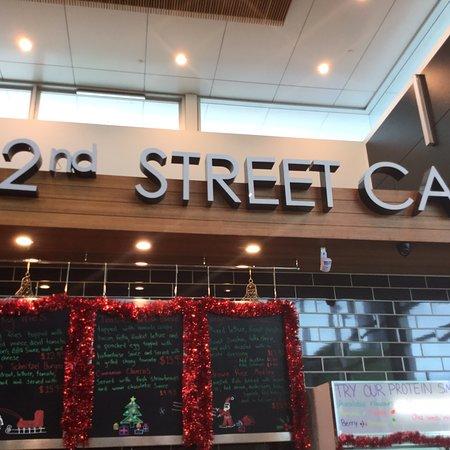 42nd Street Cafe Adelaide Main St Mawson Lks