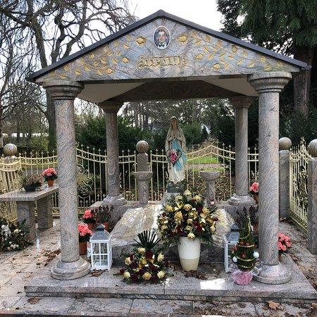 Friedhof Platanenweg