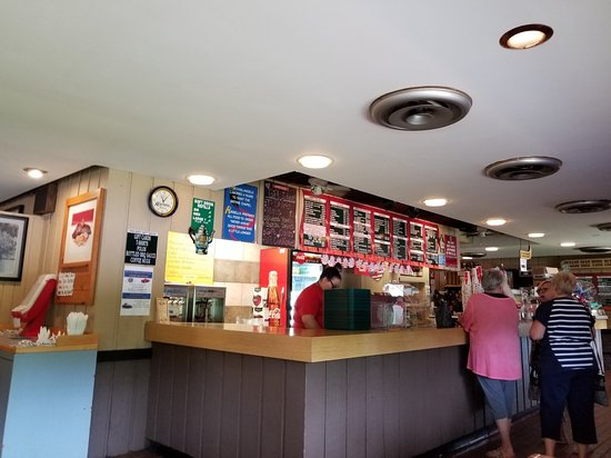 Russell's Barbecue: 20180620_110539_large.jpg