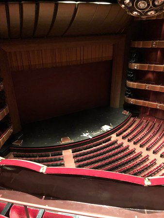 Lincoln Center Guided Tours: Lincoln Center theatre