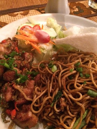 Fried-noodles and chicken matah 🏆
