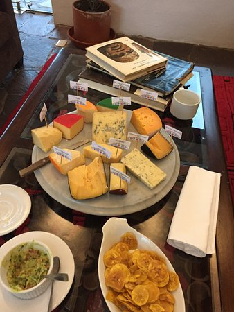 Imbabura Province, Ecuador: Cheese tasting every night at 6pm (all cheeses made in-house!)