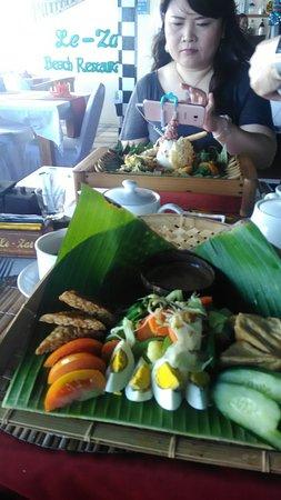 Lezat Beach Restaurant: P_20180612_131951_large.jpg