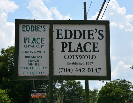 Eddie's Place Restaurant: Marquee on Sharon Amity