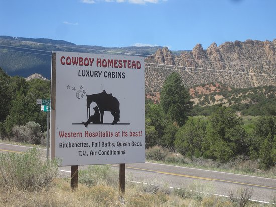 Cowboy Homestead Cabins: The sign to look for