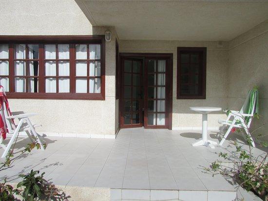 Fuentepark Apartamentos: Outside area room 3
