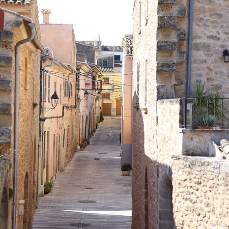 Alcudia Old Town : photo3.jpg