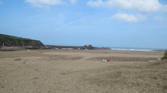 Summerleaze Beach: Beach view to the left