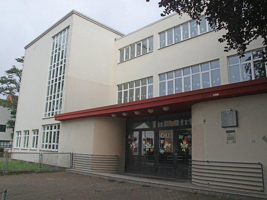 Celle, Germany: Die Haeslersche Glasschule von 1926/28 (leicht renovierungsbedürftig)