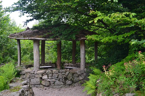 Kiosque Picture Of Jardin De Berchigranges Gerardmer Tripadvisor