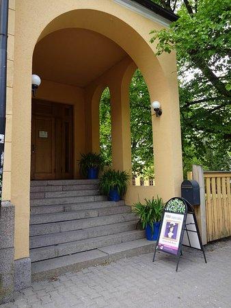 Tikanoja Art Museum