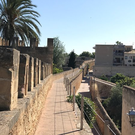 Alcudia Old Town : photo2.jpg