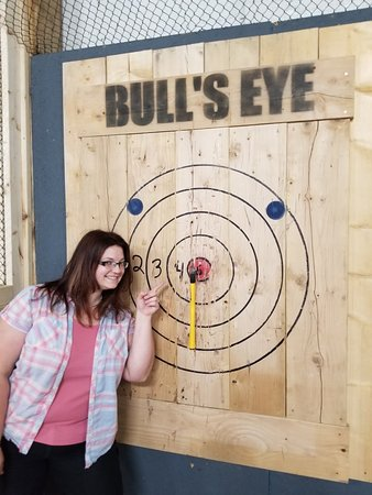 Lansing, MI: Bull's Eye Axe Throwing