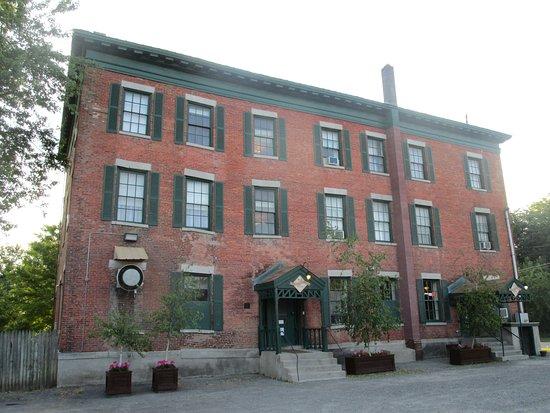 Lansing, NY: Back of Inn