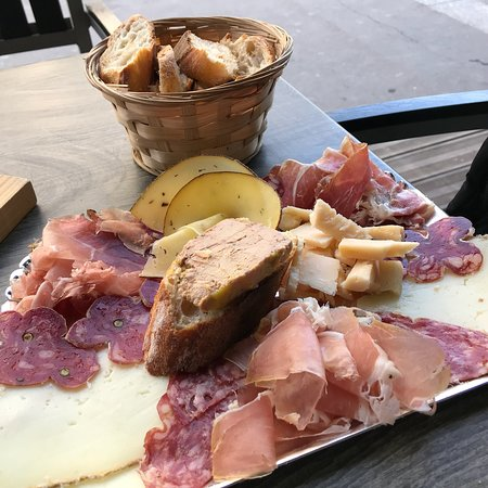 Excellent meat/cheese plate