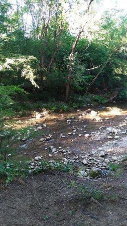 Bakhchisaray District: река (ручей) у турбазы