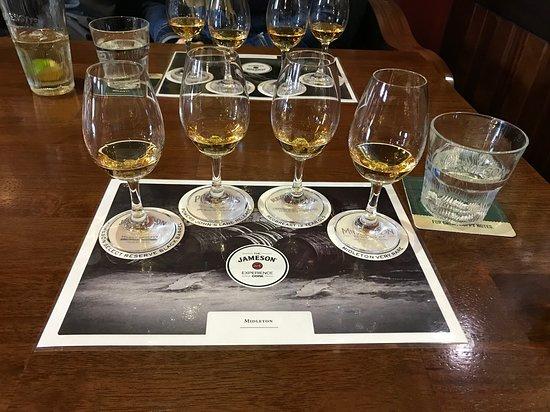 Jameson Distillery Midleton: Tasting four of their premium whiskies!