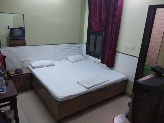 Sai Nath Hotel