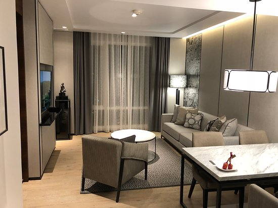 Bangkok Marriott Hotel The Surawongse: One Bedroom Suite
