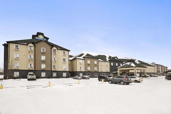 Days Inn - Regina: Exterior
