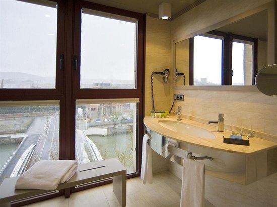 Silken Amara Plaza Hotel : Suite