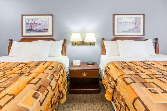 Rayne, LA: Guest room