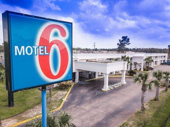Motel 6 Saraland: exterior