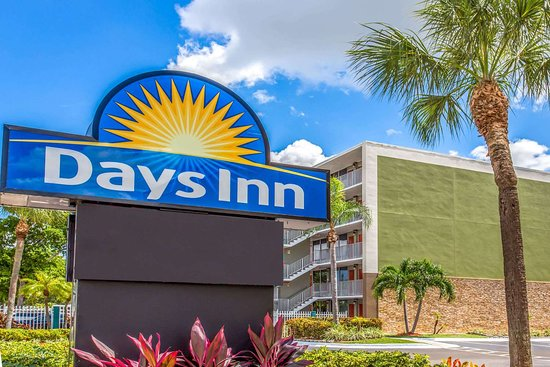 Days Inn By Wyndham Fort Lauderdale Airport Cruise Port 90
