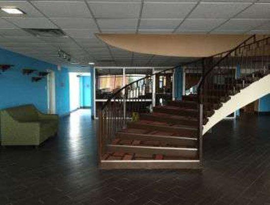 Fort Wright, KY: Lobby