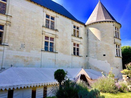 Chateau Couvert