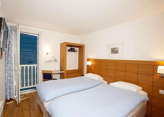Comfort Hotel Strasbourg Ouest: Guest room with views of the surrounding area