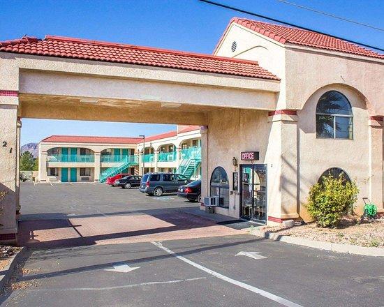 Econo Lodge: Hotel near popular attractions