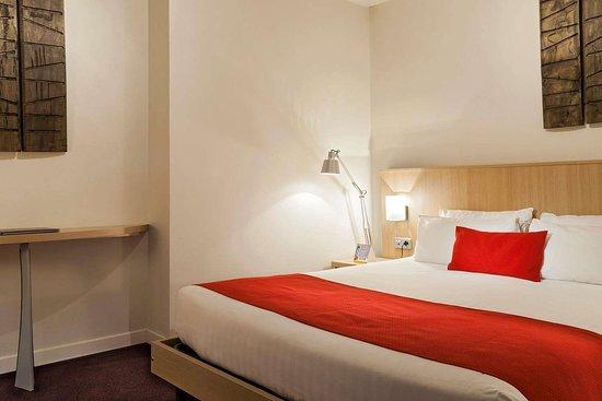 Quality Suites Nantes Beaujoire : Queen suite