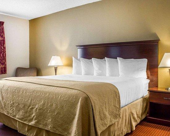 Nogales, AZ: Elegantly appointed king room