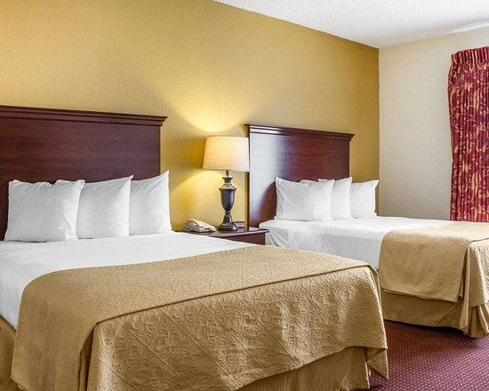 Nogales, AZ: Artistically appointed guest room