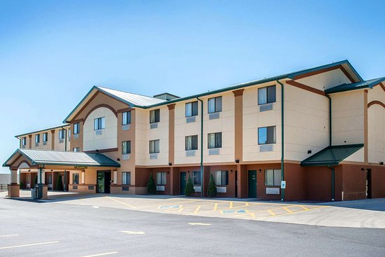 Hotel Exterior Quality Inn Meadville Pa