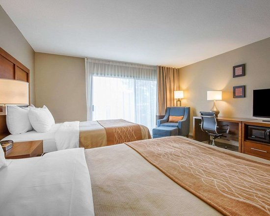 Guest room with views of the surrounding area - Picture of