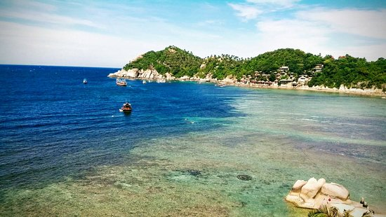 Jamahkiri Resort & Spa: Overseeing the Shark Bay from room Balcony