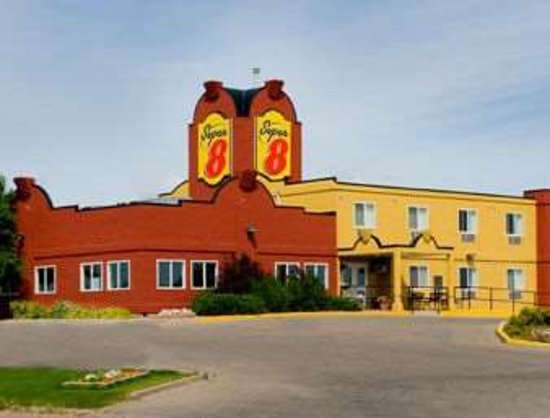 Super 8 by Wyndham Swift Current