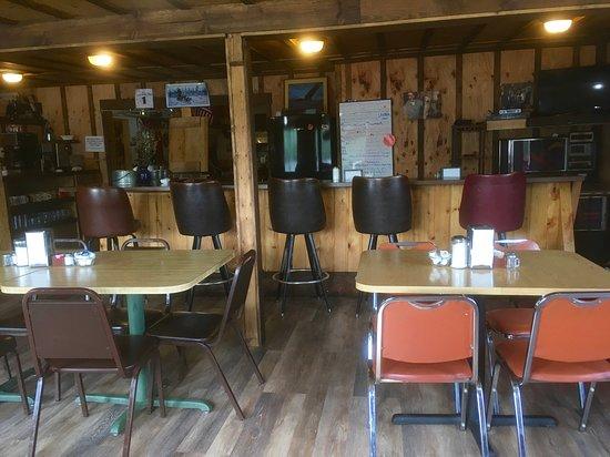 Gakona, AK: Interior Restaurant