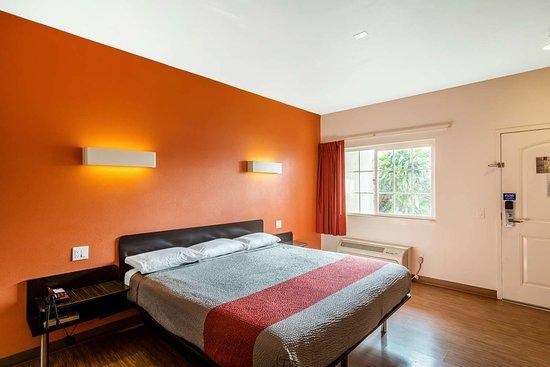 motel 6 bell gardens updated 2018 prices hotel reviews. Black Bedroom Furniture Sets. Home Design Ideas