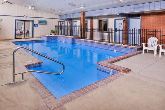 Ellsworth, KS: Indoor Pool