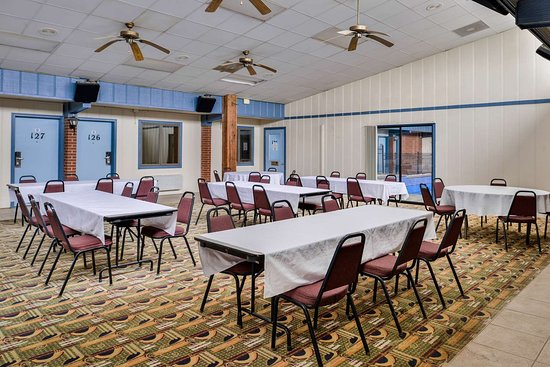 Ellsworth, KS: Meeting Room