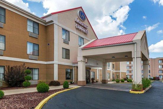 Comfort Suites Hotel - Lansing