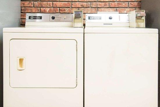 Vinita, OK: Laundry