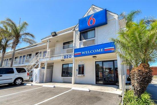 Motel 6 Los Angeles - Harbor City Hotel