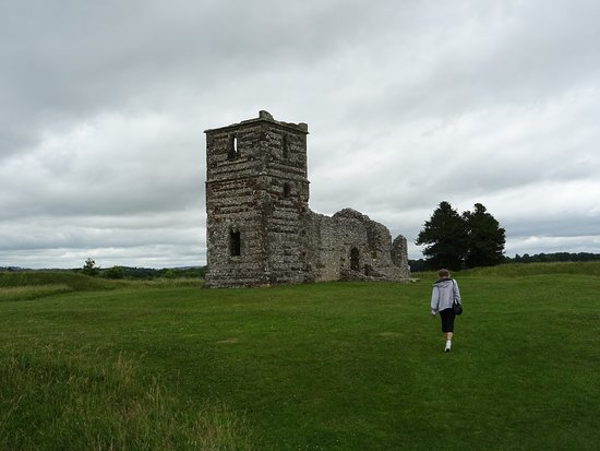 Knowlton Church and Earthworks: knowlton church